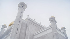 Pure White (Jenningspony78) Tags: old travel blue sky cloud white color reflection building green tower art water architecture night clouds asian outside religious temple gold mirror golden pond worship colorful asia day exterior village pacific symbol superb outdoor minaret muslim islam faith capital prayer religion pray culture royal floating sunny grand arches philosophy landmark mosque tourist structure palm arabic east ali holy dome borneo column sultan marble muslims omar brunei far attraction islamic tallest seri bandar sultanate begawan goldendomed