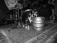 XMILK 6 (PESTAWINE (l'lter ego del Miquel)) Tags: blackandwhite bw white black blancoynegro rock concert catalonia bn rockroll catalunya hhh catalua blancinegre badalona 2014 catalogne xmilk estraperlo estraperloclub