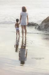 Une mre et son enfant ... (olivierchevalier_photographie) Tags: amour innocence enfant mre enfance