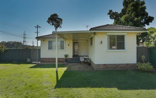 2 Constance ave, Oxley Park NSW 2760