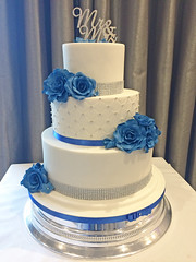 Blue Roses Diamante Cake