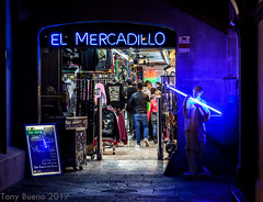 BARCELONA SHOP (TONY-BUENO - Barcelona) Tags: canon eos 5d 5dmkii 24105f4is barcelona night nighshoot noche nocturna urban