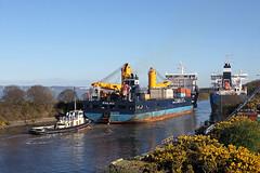 'MSC Victory' + 'Palau' 2nd April 2017 (John Eyres) Tags: the tugs taking heavy lift palau up ellesmere port passing bro nibe eastham crane berth 020417 manchestershipcanal