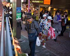 Tokyo50-3 (Diacritical) Tags: japan tokyo street march272017 leicacameraag leicamtyp240 summiluxm11435asph f14 ¹⁄₁₂₅sec centerweightedaverage