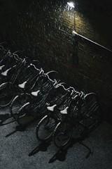 (Estrella del Agua) Tags: snow bikes bike nieve bicicletas bici copenhague febrero frío cold night noche luz sombra