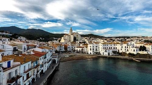 #catalunya #catalunyaexperience #catalunyaexperiencetv3 #catalogne #catalunyatestimo #cadaqués #drone #dronephotography #dronestagram Cadaqués a vista de drone (Alt Empordà - Catalunya)
