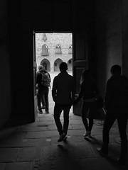The door (Flakadiablo) Tags: street streets people canon shadows shadow silhouette noiretblanc bw blackandwhite italie italia italy lumiere light