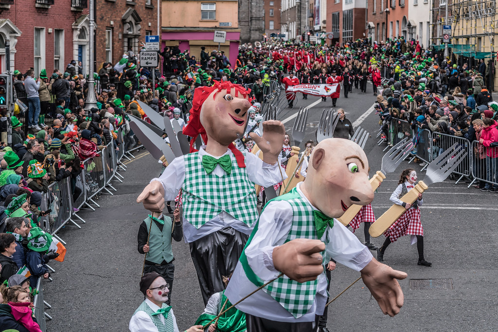 DOWTCHA PUPPETS FROM CORK [DUBLIN PATRICKS DAY PARADE 2017]-126004