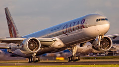 Qatar Airways Boeing 777-300ER A7-BAP (Ewout Pahud de Mortanges) Tags: qatar airways boeing 777300er schiphol sunset aviation aircraft airliner airliners jet jetliner photo airport luchthaven doha flickr outdoor planespotting planespotter ams eham aeroport air airplane transport worldwide