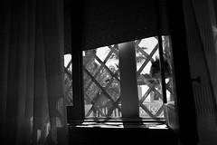 hidden (pepe amestoy) Tags: blackandwhite indoor fujifilm xe1 voigtländer color skopar 421 vm leica m mount