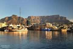 Table Mountain vista dal V&A Waterfront - Città del Capo (Fabio Bianchi 83) Tags: cittàdelcapo capetown kaapstad sudafrica southafrica africa za tablemountain tafelberg va waterfront