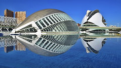 C.A.C. The Classical View (gerard eder) Tags: architecture architektur arquitectura city ciudades calatrava ciudaddelasartesyciencias cityofartsandsciences spain spanien städte santiagocalatrava stadtderkünsteundwissenschaften viajes valencia world travel reise reflections spiegelung europa europe españa