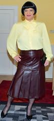 Birgit023846 (Birgit Bach) Tags: pleatedskirt faltenrock bowblouse schleifenbluse suit kostüm leather leder
