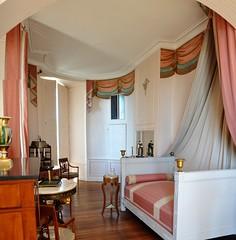 Chateau de Valançay, chambre de Mme de Staël (claude 22) Tags: château valençay indre maisondestampes talleyrand castle loire castillo france chambredemmedestaël directoire stael art mobilier castelli
