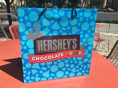 Hershey's Chocolate World bag (Like_the_Grand_Canyon) Tags: las vegas nevada candy sweet hersheys kisses chocolate world shop usa us america united states amerika spring 2017 vacation traveling