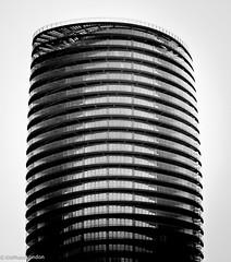 DSC03276 (KNPhotoLondon) Tags: sony e18105g a6000 london bw blackandwhite mono monochrome building canarywharf docklands architecture