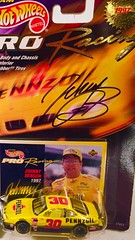 #13-25(B), Johnny Benson, Signing,  Hot Wheels, 1997, Pro Racing, 1st Edition, NASCAR, #30, Pennzoil, BP, Picture 2 (Picture Proof Autographs) Tags: 1325 johnnybenson signing hotwheels 1997 proracing 1stedition nascar 30 pennzoil bp picture2 withpictureproofphoto ppp