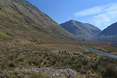 The Doolough Pass and Doo Lough, Co Mayo, Ireland. (westport 1946) Tags: ireland eire connacht comayo doolough thedooloughvalley horizon ridge mountains mountainside mountain hillside hill foothill road r335 lake lough water wasser grasslands grass fields field bluesky rockformation rocks tranquil peaceful pastoral rural idyllic countryside landscape outdoor sheeffryhills