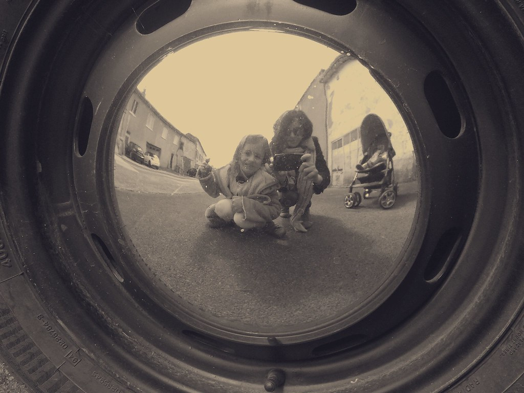 The world 39 s most recently posted photos of enjoliveur for Autoportrait miroir