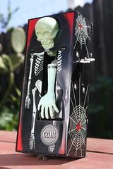 Coffin Bank (Yone 1960's) (Donald Deveau) Tags: coffinbank windup tintoy skeleton skull toys japanesetoy yone