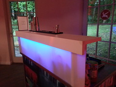 "Unser Model von Angebot 1 - kleine mobile Cocktailbar • <a style=""font-size:0.8em;"" href=""http://www.flickr.com/photos/69233503@N08/8921483549/"" target=""_blank"">View on Flickr</a>"