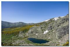 _JRR2766 (JR Regaldie Photo) Tags: mountain snow rocks nieve lagunas sierrademadrid peñalara jrregaldiephoto