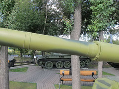 """T-80B (3) • <a style=""""font-size:0.8em;"""" href=""""http://www.flickr.com/photos/81723459@N04/9478847736/"""" target=""""_blank"""">View on Flickr</a>"""