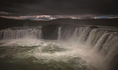 Godafoss, (Iceland). (Maikit) Tags: light luz water rio clouds river waterfall iceland islandia agua rocks power nubes catarata rocas espuma cascada godafoss canon5dmarkii hoyapro1circularpl leesoftgrad09 zeissdistagont225ze