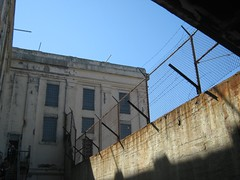 "Alcatraz • <a style=""font-size:0.8em;"" href=""http://www.flickr.com/photos/109120354@N07/11042746545/"" target=""_blank"">View on Flickr</a>"