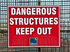 Dangerous Structures (D_Alexander) Tags: uk england london warning thamespath woolwich keepout southeastlondon vision:text=0869 vision:outdoor=0879