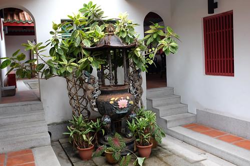 Hong San See inner courtyard