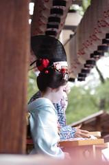 IMGP0917 (kaerugekkogeko) Tags: kyoto maiko geiko pontocho yasaka