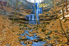 Sherman Falls, Ancaster, Hamilton, Canada (leo_li's Photography) Tags: dundasvalleyconservationarea hiking 安大略 安大略省 落葉 hamilton chute brucetrail ancaster ontario canada 加拿大 waterfall autumn fall 秋天 瀑布 shermanfalls