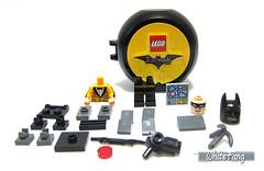 The LEGO building content (WhiteFang (Eurobricks)) Tags: lego batman movie review polybag cat costume tuxedo print pod case suit outfit colour colourful coat hero superhero dc comic