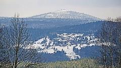 170420 Waldhäuser + Lusen im Schnee (waidlerwiki) Tags: lusen lusengipfel schnee waldhäuser waldkirchen nationalparkbayerischerwald frühling snow bayerischerwald bayerwald bavarianforestnationalpark bavaria germany landkreisfreyunggrafenau landschaft landscape april 2017