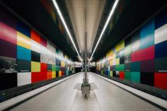 Colored (sinnesblicke) Tags: architektur bayern georgbrauchlering münchen oberbayern ubahn germany deutschland bavaria munich indoor architecture urban underground linien