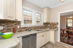DSC_0332 (njhomepictures) Tags: 07001 295thave aminaesseghir shomailmalik apexcapital avenel njhomes njrealestate njrealestatephotogapher njrealestatephotography photographybyjamesvanzetta rivertownphotography strategicrealtysolutions