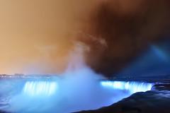 """""""Ce que j'étais hier, je le serai demain."""" (David Anghelone) Tags: nikon d810 tamron 1530 niagara falls landscape pasyage fight bleu orange light lumière nuit magique road trip canada chutes du"""