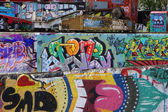 Amsterdam cITTI grafITTI or United artists (Marco Braun) Tags: holand walart graffiti streetart bunt colourful farbig couleurs werft amsterdam niederlande container boat boot herz heart dotsy holandniederlande