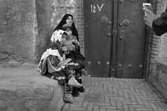 Iran - Abyaneh (luca marella) Tags: iran abyaneh people family photo lucamarellacom street blackwhite bw bn biancoenero persia village kashan phone