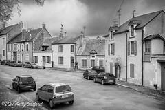 Place du Jeu de Paume, Donzy, the Nièvre, January 2017 (serial_snapper) Tags: républiquefrançaise building bourgognefranchecomtérégion nièvredépartement blackwhite donzy bourgognefranchecomté france fr