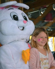 Kids Visit Easter Bunny at LuLu's 2017-7