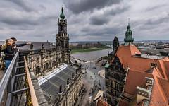 Blick über ... (Norbert Helbig) Tags: nikon d7200 reise travel europe europa germany deutschland sachsen dresden elbe hofkirche outdoor himmel wolken stadt city