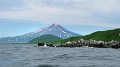 rocky shoreline of cape kambal'nyy, kamchatka (Russell Scott Images) Tags: cape mys kambal'nyy kamchatkapeninsula russianfareast russia