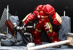 Armored Batman vs Hulkbuster (nin2k5) Tags: armored batman bvs hulkbuster ironman dccomics mafex legends marvel diorama toyphotography