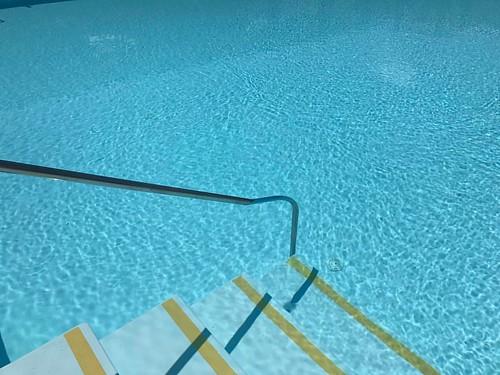 Pool, after Hockney
