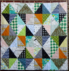 Wybertjes quilt (Lotje M) Tags: quilt diamond kerry neutral green blue elephants