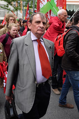 the red tie (yaya13baut) Tags: red rouge protest tie demonstration toulouse manifestation cravate frontdegauche marchepourla6erpublique