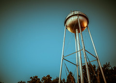 Water Tower (Tyler.Coverdale) Tags: blue tower metal watertower splittone
