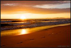 Hermosa Beach Sunset (Howie Muzika) Tags: california pacificocean hermosabeach lifeguardtower borderfx